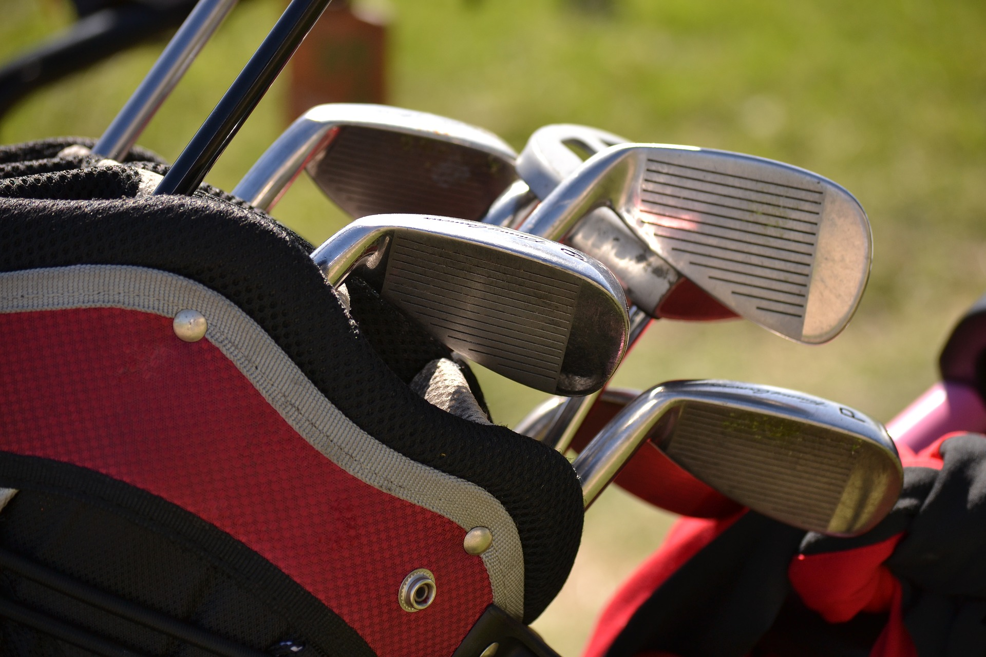 know the best golf equipment for beginners