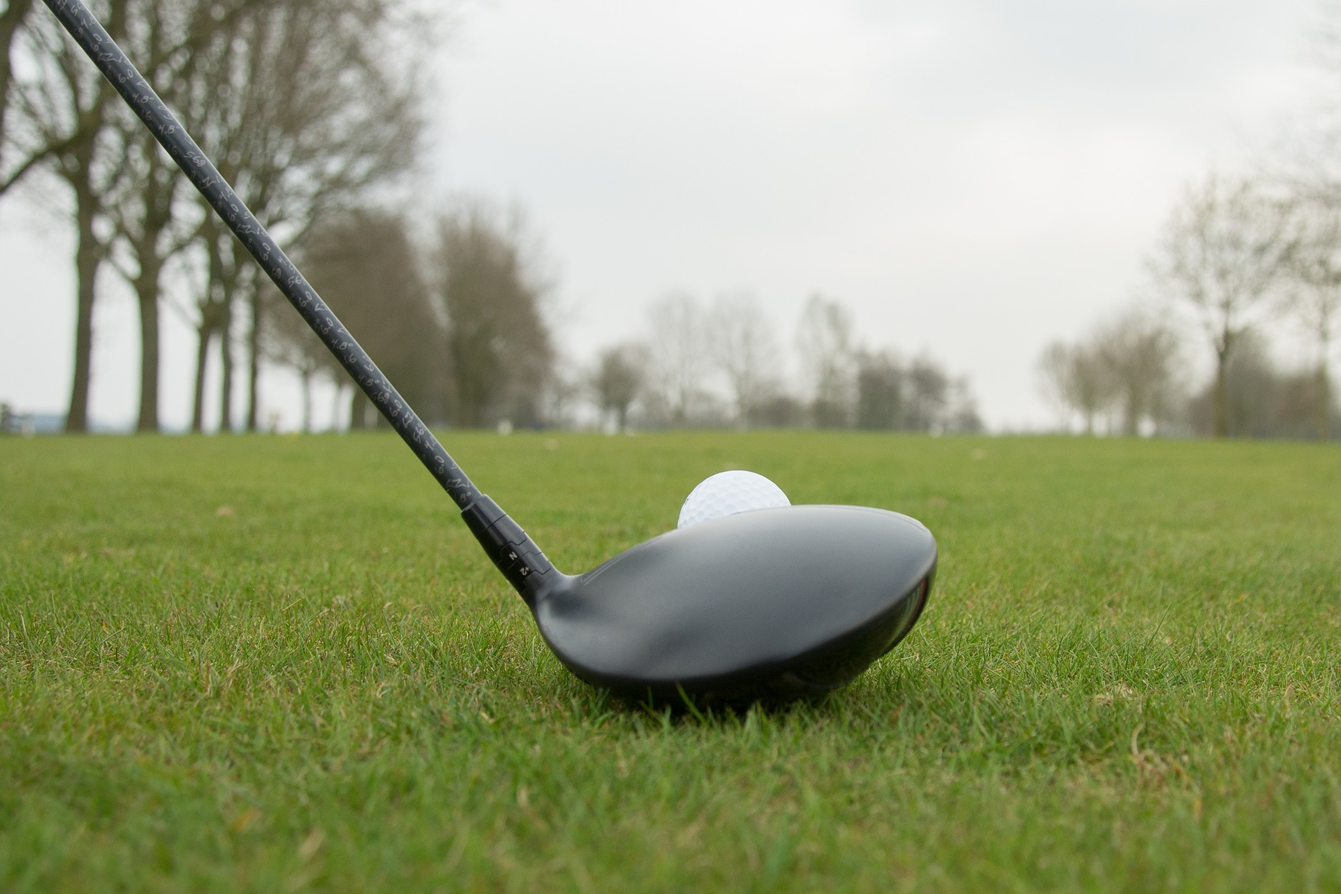 golfing tips to stay safe on the course